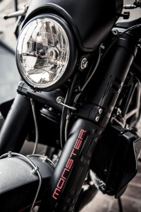 Ducati 900Monster S4 by Moto(re)cycle detail