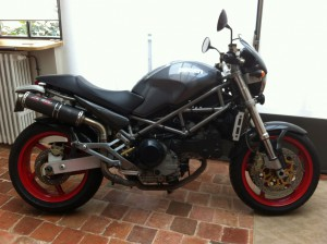 DUCATI 900 MONSTER S4 stock