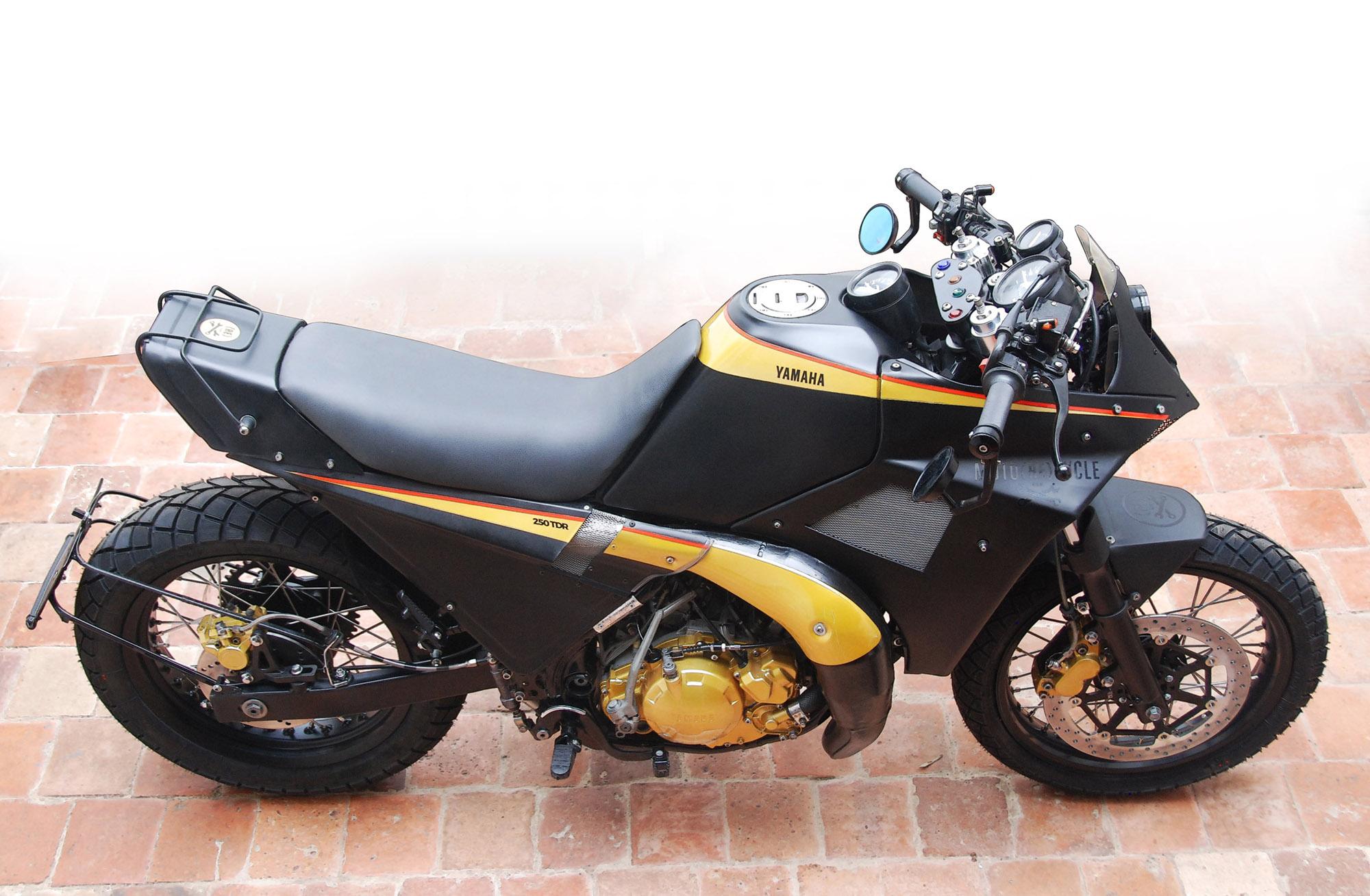 YAMAHA 250 TDR Moto(RE)cycle 2020